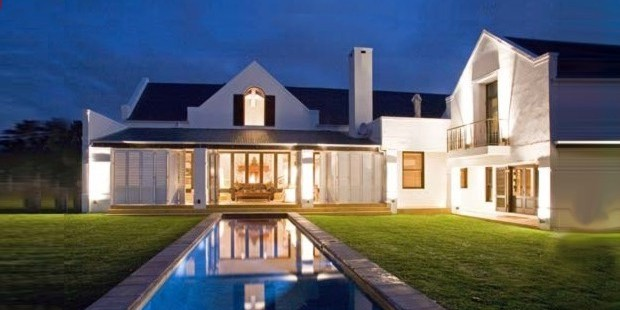 Cape dutch architects for Farm style house designs south africa